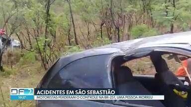 Um homem morreu e outras seis pessoas ficaram feridas - Os dois acidentes foram registrados no mesmo trecho da BR-251, em São Sebastião