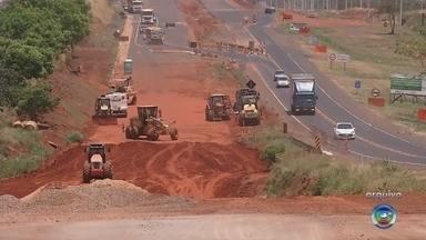 DNIT confirma liberação de R$ 15 milhões para obra de duplicação na BR-153 em Rio Preto - O Departamento Nacional de Infraestrutura de Transportes (DNIT) confirmou nesta segunda-feira (4) a liberação de R$ 15 milhões para as obras de duplicação do trecho urbano da rodovia BR-153, em São José do Rio Preto (SP).