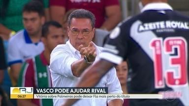 Vasco pode ajudar rival - Vitória sobre o Palmeiras amanhã deixará o Fla ainda mais perto de conquistar o Brasileirão. Botafogo busca forças para reagir.