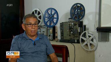 Homem em Jaboatão dos Guararapes apaixonado por cinema coleciona filmes antigos - Ele gosta do glamour do cinema antigo, quando o processo de exibição era feito quase que manualmente.