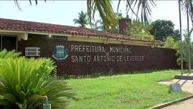 Prefeitura de cidade do Mato Grosso suspende atendimento por causa das dívidas - Estudo da Firjan constatou que em quase dois mil municípios a arrecadação local não cobre nem as despesas para manter as prefeituras funcionando.