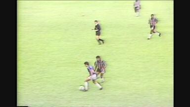 Cruzeiro e Atlético-MG empatam por 2 a 2, no Mineirão, pelo Campeonato Brasileiro de 91 - Cruzeiro e Atlético-MG empatam por 2 a 2, no Mineirão, pelo Campeonato Brasileiro de 91
