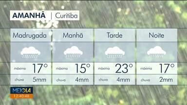 Sexta-feira instável no Paraná - A chuva vai variar de fraca a moderada e cai várias vezes ao dia.