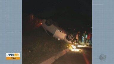 Polícia encontra veículo capotado e abandonado na MGC-383, em Itajubá - Polícia encontra veículo capotado e abandonado na MGC-383, em Itajubá