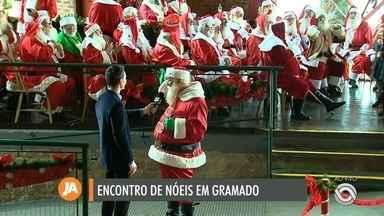Encontro reúne centenas de papais noéis em Gramado - É a 14ª edição do evento.