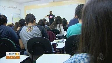 Estudantes intensificam estudos para próxima etapa do Enem 2019 - Segundo dia de prova ocorre no próximo domingo.