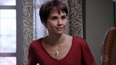 Nina garante que vai parar Carminha - Lucinda tenta acalmar Nina