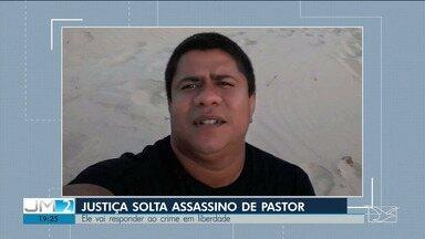 Justiça autoriza assassino confesso de pastor a responder pelo crime em liberdade no MA - Saulo Pereira vai ser monitorado por tornozeleira eletrônica e deve cumprir outras exigências para continuar com o benefício determinado pela Justiça.