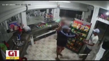 Confira os principais destaques do G1 Santos - O dono de uma barraquinha de churrasco foi sequestrado e agredido em Cubatão.