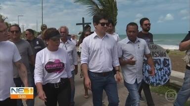 Óleo no litoral: senadores visitam Pernambuco para obter informações sobre o desastre - Quatro parlamentares foram até a Capitania dos Portos e à Praia de Itapuama.