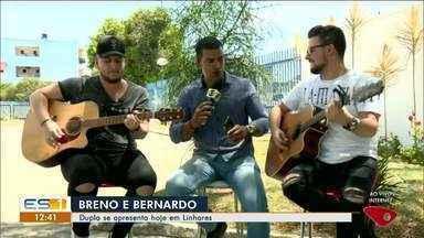 Breno e Bernardo se apresentam em Linhares, ES - Dupla faz show na cidade.