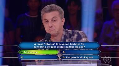 Luciano Huck liga para Belo durante o 'Quem Quer Ser Um Milionário' - undefined