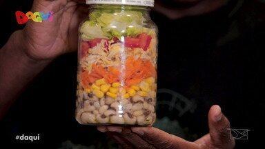 Sabores Daqui - Salada de pote - Conheça os benefícios de se alimentar de forma saudável e prática.