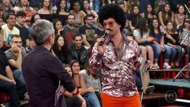 Silas Simplemente aceita desafio das palavras - Humorista voltará aos palcos com o resultado