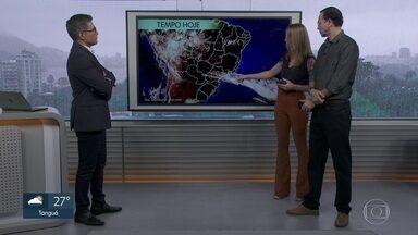 Chuvas fortes devem atingir ainda nesta segunda (11) o Norte do estado - Chove forte no Grande Rio e Sul do estado.