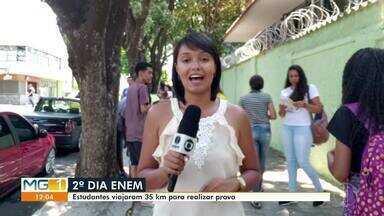 Estudantes viajam de Presidente Juscelino para fazer prova do Enem em Curvelo - Cerca de 50 estudantes foram de ônibus para prestar o Exame Nacional do Ensino Médio 2019.