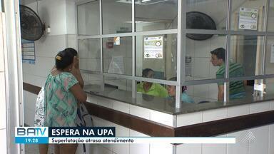 UPAs de Salvador tem super lotação e atraso atendimentos por causa de protesto de médicos - Sindicato da categoria alega atraso dos salários mas prefeitura da cidade nega.