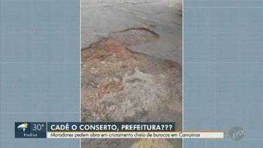 'Até Quando?': moradores pedem obra em cruzamento cheio de buracos em Campinas - Cruzamento entre as ruas José Maurício Garcia e Alberto Bueno Ladeira apresenta diversos buracos.