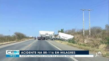 Acidente com carreta na BR-116 em Milagres - Confira mais notícias em g1.globo.com/ce