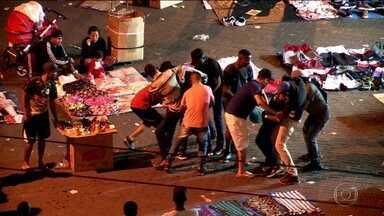 Assaltantes atacam consumidores no comércio de rua de SP - Às vésperas da temporada de compras para o Natal, nossos repórteres flagram a ação violenta de ladrões.