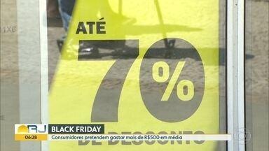 Lojas adiantam promoções da black friday - Consumidores planejam gastar mais de 500 reais
