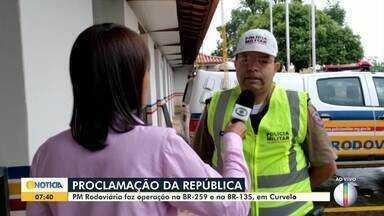 Polícia Militar Rodoviária faz operação na BR-259 e na BR-135, em Curvelo - Motoristas que não respeitarem restrições sobre o tráfego de veículos pesados podem ser multados.