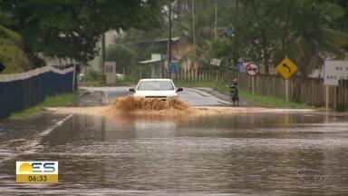 Veja o resumo da chuva no Espírito Santo nesta quinta-feira (14) - Estragos foram vistos em diversos municípios do estado.