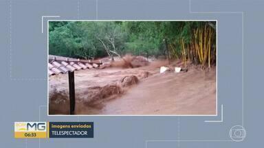 Imagens mostram força da água após rompimento de represa com peixes em Moeda - Água atingiu uma casa, mas, segundo Defesa Civil da cidade, não houve danos ao imóvel.