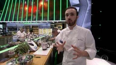 Os Mestres apresentam os pratos que estão sendo feitos por seus times - Confira a preparação de cada prato!
