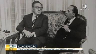 STF homenageia o centenário do ministro Djaci Falcão - Djaci Falcão foi ministro do Supremo por 22 anos, de 1967 a 1989. Ocupou a presidência da Corte de 1975 a 1977. Nesta quinta-feira, o STF fez uma homenagem a ele, com fotos e documentos relacionados à vida e à obra do ministro.