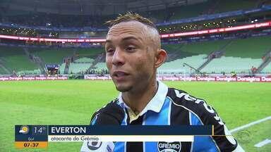 Everton fala da vitória e sobre a sequência no campeonato brasileiro - Assista ao vídeo.