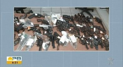 Suspeito baleado após roubo de armas em Fórum na PB morre em hospital de Campina Grande - Suspeito foi baleado durante perseguição da polícia, após invadir Fórum de Alagoa Grande, no Agreste, com mais três criminosos. Na ação, eles renderam um juiz e um vigilante que estavam no local.