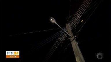 Problemas relacionados à iluminação pública geram reclamações em Presidente Prudente - Moradores de diferentes bairros da cidade enfrentam dificuldades.