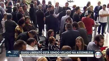 Corpo de Gugu Liberato é velado na Assembleia Legislativa de São Paulo - Familiares, amigos e fãs se despedem do apresentador, que morreu após sofrer um acidente em casa, nos Estados Unidos.