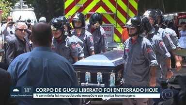 Corpo de Gugu Liberato foi enterrado nesta sexta-feira, 29, na zona sul de São Paulo - Milhares de fãs se juntaram à família numa cerimônia marcada pela emoção e por muitas homenagens.