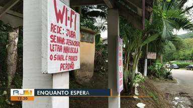 Morador de Lumiar, em Nova Friburgo, reforma ponto de ônibus, e coloca até wi-fi - Assista a seguir.