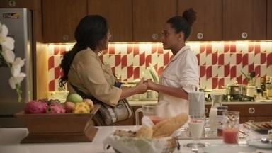 Vitória pede segredo a Lurdes sobre sua gravidez - Advogada agradece o apoio que recebe da babá