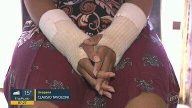 Mulher tenta retomar a vida depois de ser agredida por dois dias e perder o bebê - Eva, de 18 anos, sofreu violência doméstica em Sumaré (SP).