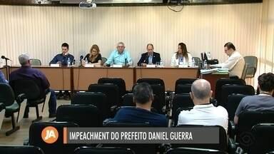 Freis são ouvidos em processo de impeachment do prefeito de Caxias do Sul - Ainda falta o depoimento de Daniel Guerra, do Republicanos.