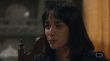 Clotilde se preocupa com seus sobrinhos - Ela conversa com Lola sobre o futuro deles