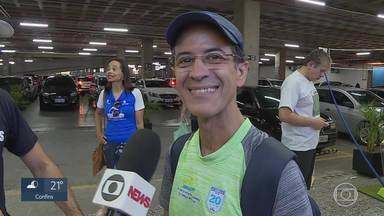 Atletas de todo o país aguardam ansiosos a Volta Internacional da Pampulha - Milhares de corredores foram buscar neste sábado os kits da prova.