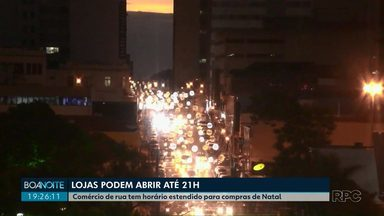 Comércio de rua funciona até 21h a partir desta terça-feira (9) - Lojas têm horário estendido por causa das festas de fim de ano.