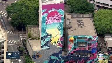 Conpresp autoriza grafite em prédio se dono também liberar pintura - Decisão, sobre prédio tombado no centro, foi tomada na reunião de ontem. Justiça suspendeu pintura de um dos prédios que fariam parte do Aquário Urbano a pedido do dono do imóvel, que não autorizou o grafite.