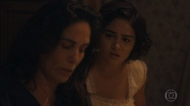 Lola tem um pesadelo - Isabel e Clotilde amparam Lola