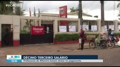 Servidores da rede municipal de ensino cobram 13º salário da prefeitura de Altamira, no PA - Uma comissão foi recebida pelo secretário de Administração da cidade.