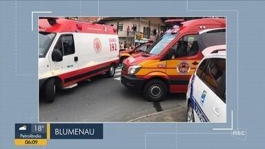 Giro de notícias: Jovem de 18 anos morre atropelado em Blumenau - Giro de notícias: Jovem de 18 anos morre atropelado em Blumenau