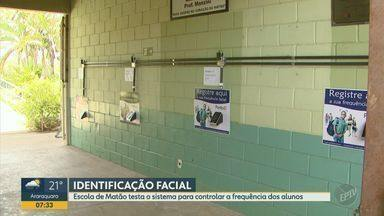 Escola de Matão testa identificação facial para controlar a frequência dos alunos - Pais podem acompanhar a frequência dos filhos por aplicativo.
