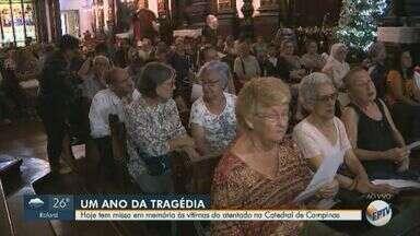 Ataque na Catedral completa 1 ano e Arquidiocese faz missa em homenagem às vítimas - Cerimônia em memória das cinco pessoas mortas por um atirador começou às 12h15.