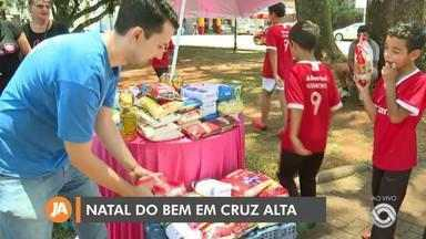 Cruz Alta realiza ação de arrecadação de alimentos para o Natal do Bem - Assista ao vídeo.