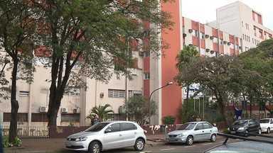 Advogado vai pedir a soltura dos pais de menino agredido - Criança de oito anos permanece internada na UTI Pediátrica do Hospital Evangélico.